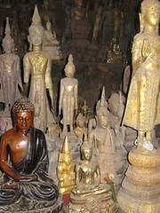 IMG_4114 (tomaszd) Tags: geotagged laos lao louangphabang banpakou geo:lat=2004923000 geo:lon=10221137333