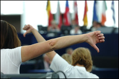 'NO' - the motion is rejected (Photo: European Parliament/Flickr)