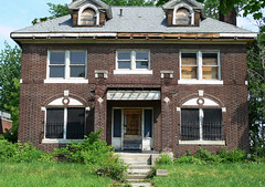 Once the Home of the Detroit Elite ( Historic Boston-Edison District of Detroit ) (DetroitDerek Photography ( ALL RIGHTS RESERVED )) Tags: city urban usa house leave ford abandoned home boston america turn louis site berry midwest decay michigan district live empty urbandecay detroit may large joe historic henry ty elite vacant council change cobb woodward mansion bling kwame briggs economy 2009 obama broke edison bing blight worse dilapidated default mortgage gordy dismay status 313 motown kresge couzens granholm cockerell