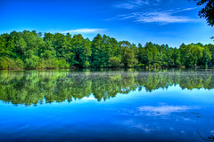Hollnder See (TimLiss) Tags: blue green reflections iso100 see spring 1855mm hdr niederrhein bltenpollen photomatix geldern 400d eos400d quarzoespecial hllander