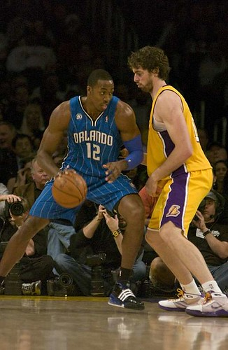 Dwight Howard vs Pau Gasol