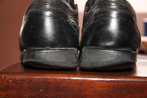 Why Do I Wear Out My Shoes Like This My Les Paul Forum New Shoe Wear Patterns Outside Heel