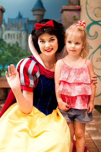 Chloe & Snow White
