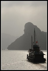 Halong Bay 3 (earthmagnified) Tags: asia southeastasia unesco worldheritagesite vietnam limestone halongbay chinesejunk 1000islands globetrekker karsts vagabonding halongcity gulfoftonkin worldtraveller floatingvillages descendingdragon