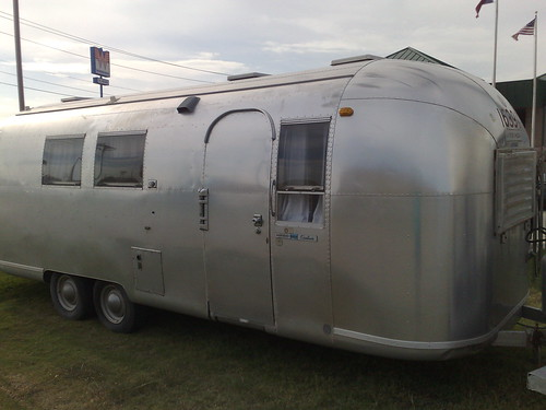 43 year old Airstream looking lovely but very grey and oxidised