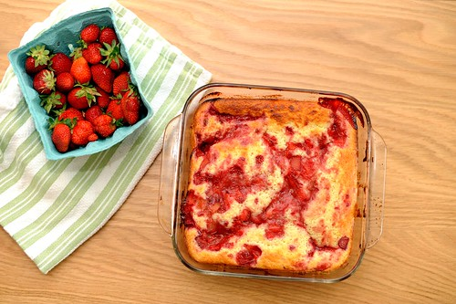 strawberry rhubarb buttermilk pudding cake