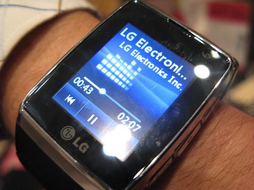 LG GD910 celular reloj