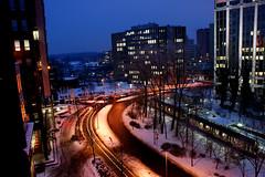 Waiting Train (Joe McGilloway) Tags: winter snow germany dusseldorf seestern northrhinewestphalia january09 sonyalphaa350