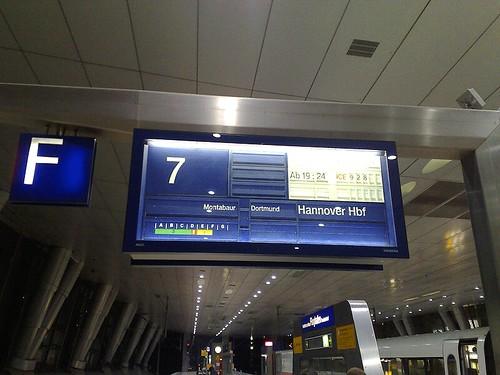 ICE 928 - Frankfurt Flughafen