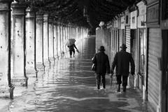 Piazza San Marco, Venezia (zaqi) Tags: venice italy europa italia flood inundacion venecia venezia 2009 sanmarco acquaalta zaqi