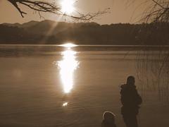 P1060474-1 (Messi Queens) Tags: lago tramonto silouette h2o queens acqua messi
