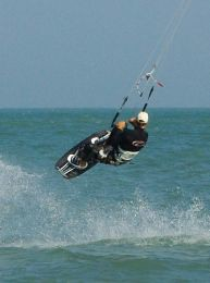 Kitesurfing in Pranburi: Just 3 hours from Bangkok this little pearl is Thailand's best kiting location