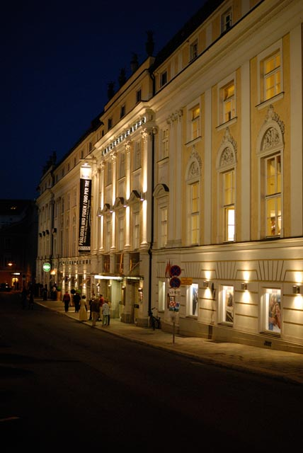 Linz Theater at Night