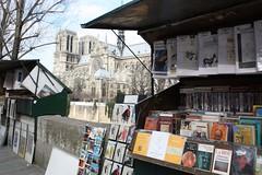 Libreros frente a Notre Dame (jlastras) Tags: paris france rio ro river french francia pars sena sene