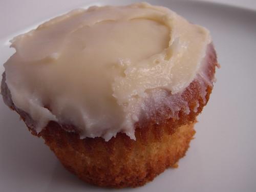 04-02 cupcake