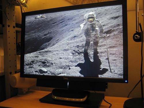 "New Dell 2209WA 22"" LCD Monitor"