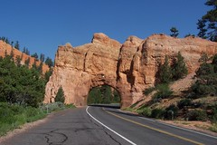 Utah's Red Canyon (J. Stephen Conn) Tags: utah co garfieldcounty