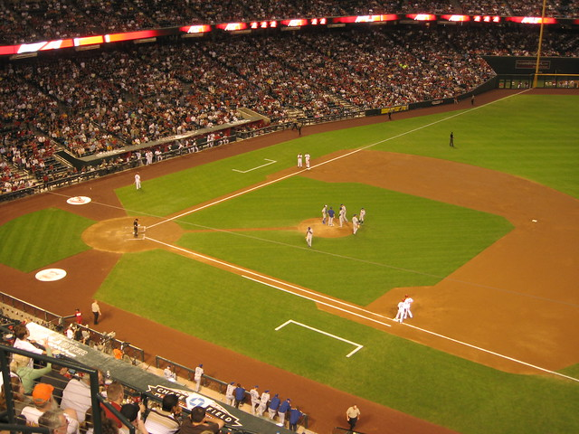 Arizona Diamondbacks 9, Los Angeles Dodgers 4, Chase Field, Phoenix, Arizona (28)