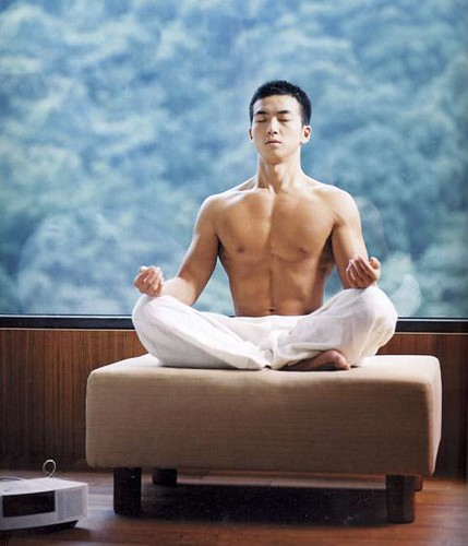 Hot Chinese Guy sexy muscle asian hunk doing yoga