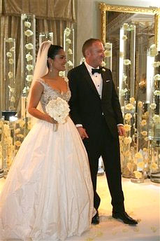 Marriage photo: Salma Hayek and Francois-Henri Pinault