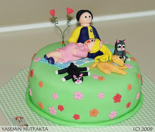 Surpriz Pasta / Surprise Cake