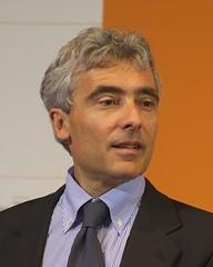 Tito Boeri (AndreasC) Tags: italien boy portrait italy man italia wikipedia trento economics trentino economia wikimediacommons d700 festivaldelleconomia titoboeri aec945511