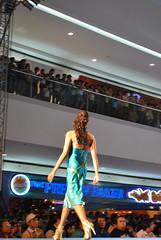 DSC_0096 (gigiv) Tags: philippines 2009 fashionweek mallofasia