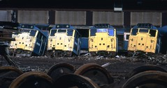 Class 31 31170 31124 MC Metals 10/8/92 (Stapleton Road) Tags: train scotland railway class locomotive scrapyard scrap 31 class31 class45 mcmetals dieselsclass20