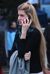 Que pelazo ! (carlos_ar2000) Tags: street woman sexy argentina girl beauty hair calle mujer model buenosaires call pretty chica dof phone gorgeous cell modelo llamada linda montserrat celular bella pelo