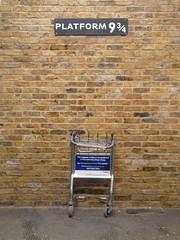 Harry Potter - Platform 9 3/4 () Tags: england london unitedkingdom harrypotter british kingscrossstation    greatbritish harrypotterplatform934
