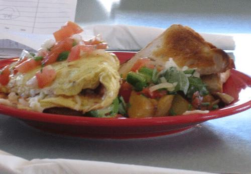 PAM_0009-Lou-Lou's-Restaurant-Monterey-Beach-_-Breakfast-spinach-omelette