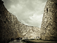 NecroPolis? (Topyti) Tags: sardegna geotagged sardinia canyon cagliari ambiente tuvixeddu geo:lat=39228763 geo:lon=9105928 necropolidituvixeddu