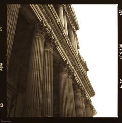 St. Pauls Columns (T. Scott Carlisle) Tags: 2003 london film scans stpauls hasselblad apx100 agfa tsc 80mm 500cm tphotographic tphotographiccom tscarlisle tscottcarlisle