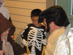 Elvis Hands out Candy to Skelaton