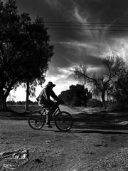 Los Caminos de la Vida... (el inviZHILble Sr. Oso...) Tags: bw camino pueblo bicicleta bn paseo ciclista campo campesino adventurebrothers