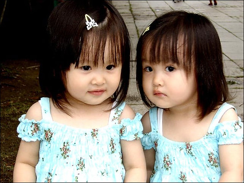 3333062074 d1faee5b61 - ~* Cutties Twins In The World *~