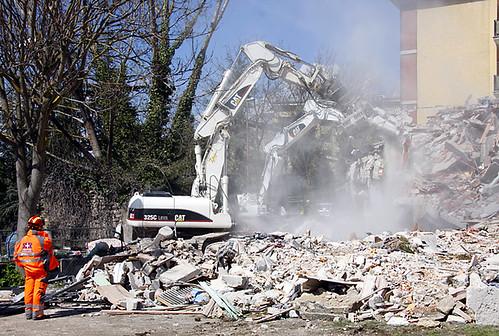 L'Aquila Earthquake RESCUE GR