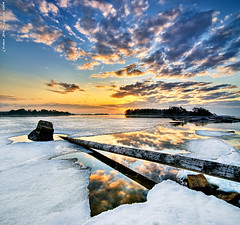 Reflection of dawn (Rob Orthen) Tags: sea sky ice sunrise suomi finland landscape dawn spring helsinki log nikon rocks europe scenic rob scandinavia dri meri hdr maisema vesi pinta d300 j kevt kallahti orthen vertorama roborthenphotography tokina1116mm28 seafinland
