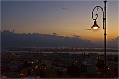 Luci sulla mia città (Pilozzo) Tags: sardegna nikon tramonto mm 18 tamron cagliari 250 città ligabue d80 buoncamino