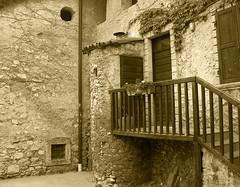Borgo antico (Dr. Maus) Tags: door old windows italy muro home wall casa italia finestra porta scala trentino vecchio
