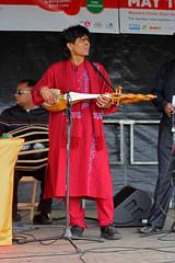 Sarod player, Baishakhi Mela, London (Vince Millett) Tags: london bricklane sarod baishakimela dotara baishakhimela