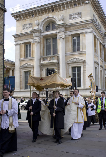 The Sanctissimum carried through Oxford