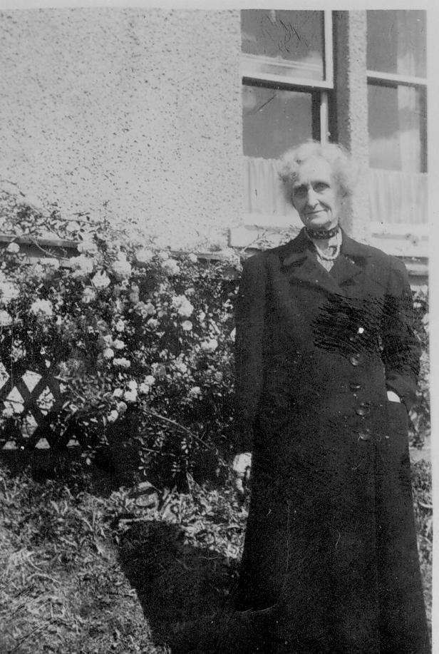 Grandma Carse Crookston Glasgow July 1949