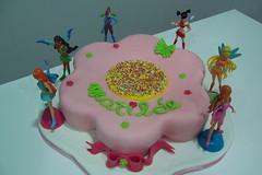 Bolo Winx - I (linhasebolinhos) Tags: cake bolo fondant fadas winx cakedesign pastaamericana pastadeacar