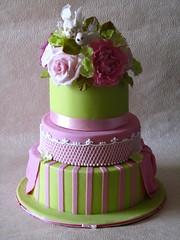 Summer love wedding cake (