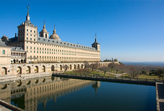 Palace (Dmitry Shakin) Tags: reflection water pond spain palace monastery sanlorenzo reflexions elescorial