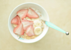 breakfast (the half-blood prince) Tags: blue window breakfast yum eiffeltower cereal strawberries spoon bowl bananas delish cinnamoncity3preset strawberrycornflakes
