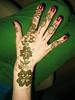 Gloria's Glorious Henna Making the flowers