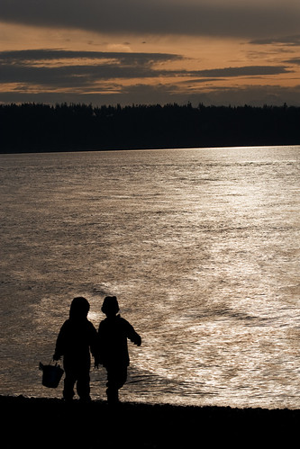Sunset at Mukilteo state park
