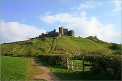 Carreg Cennen Castle (The Groovster) Tags: castle wales carmarthenshire ruin breconbeacons hillside fortress blackmountains carregcennen castell welshflickrcymru thegroovster